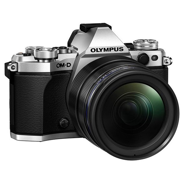 Olympus E-M5 Mark II m/ED 12-40mm 1:2.8 - Sølv incl. HLD-8 + ekstra BLN-1